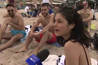 """Gestul cu care o studentă din Italia a atras toate privirile la Vama Veche: """"Totul este minunat"""""""