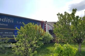 I s-a făcut rău la volan și a intrat cu TIR-ul într-o casă, în Iași