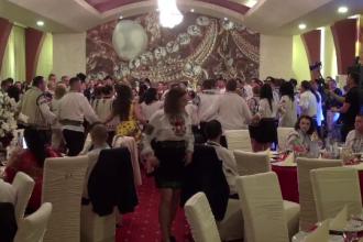 Petrecere populară tradiţională cu somon, în Bacău.