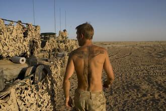 """Povestea soldatului britanic """"dependent"""" de războaie. """"Voiam să ucid, să văd distrugere"""""""