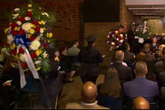 Moment solemn la monumentul polițiștilor decedați în urma atentatelor din 11 septembrie
