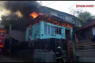 Un bărbat din Câmpulung a dat foc la casa în care se mutase cu câteva ore înainte
