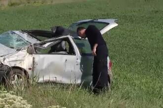 Doi răniți după ce un bărbat ar fi adormit la volan, pe centura din Cluj-Napoca
