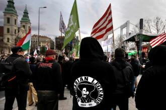Un partid din Ungaria şi-a făcut propria armată privată, împotriva romilor şi comuniştilor
