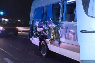 O femeie a murit pe loc într-un accident pe A1. Se întorcea de la serviciu cu mai mulți colegi