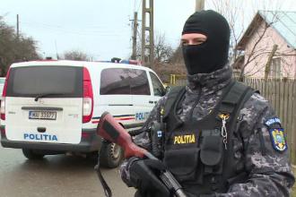 Gălățean împușcat de mascați. Bărbatul i-a atacat cu pietre și o surubelniță pe polițiști