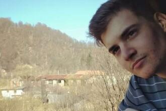 Mesajul unui adolescent din Târgu Mureș pentru Dăncilă, după protestul cu coroane funerare