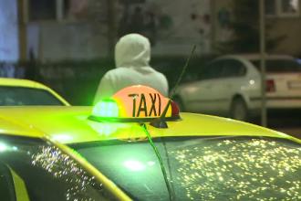 Operatorii de taxi, obligaţi să asigure cel puţin o maşină adaptată pentru transportul persoanelor cu handicap