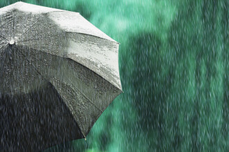 Vremea 24 mai 2019. Ploi și vânt puternic. Temperaturile coboară sub normal