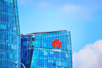 Google ar putea opri accesul Huawei la aplicaţiile sale, inclusiv Android şi Gmail