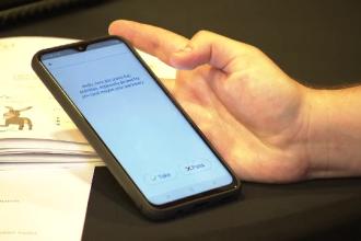 Un student român a creat aplicaţia care te pregăteşte pentru căsnicie. Cum funcţionează