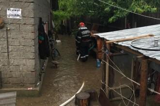 25 de localităţi, sub ape din cauza fenomenelor meteo extreme. Imaginile dezastrului