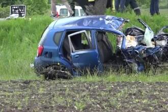 Doi morți și 4 răniți într-un accident în Mureș. O mașină are număr de corp diplomatic