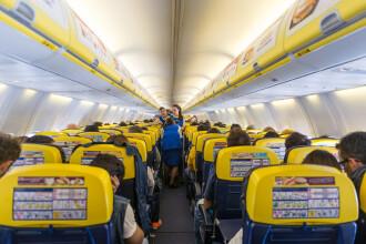 O femeie a murit imediat ce a urcat într-un zbor low-cost. Pasagerii, daţi jos din avion