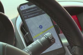 Acord cu Guvernul. Ce reguli noi vor trebui să respecte șoferii de Uber, Bolt și Clever