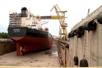 Cea mai mare navă de căutare de diamante din lume, în lucru la Șantierul Naval din Mangalia