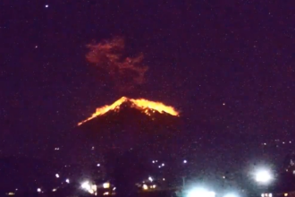 Lavă și pietre pe mai mulți kilometri după ce vulcanul Agung din Bali a erupt din nou