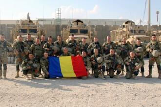 Poza făcută de soldații români înainte de atacul cu bombă din Afganistan. Starea răniților