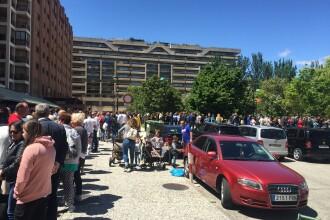 Alegeri și referendum 2019. Sute de români stau la coadă în Spania, să voteze. VIDEO