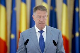 """Klaus Iohannis o decorează pe Simona Halep cu Ordinul Național """"Steaua României"""""""
