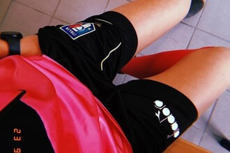 Cum arată tânăra arbitru de fotbal pe care jucătorii au trimis-o să se prostitueze