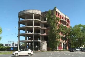 Clădirile în paragină, confiscate. Supra-impozitarea și amenzile nu funcționează