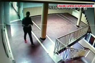 Momentul în care un recidivist fură un laptop și 2 telefoane mobile din camera de cămin