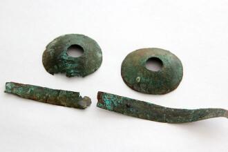 Cei mai vechi ochelari din lume, găsiţi în Rusia. Misterul mormântului unde erau ascunşi
