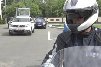 Cum arată primul Papamobil 100% românesc. Reacţia papei când a văzut planurile