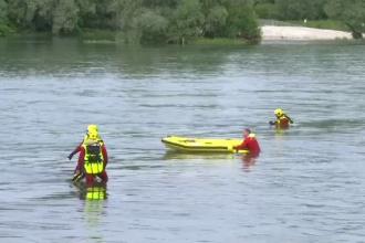 Filmul tragediei de pe Rin. Doi români au murit după ce o barcă pneumatică s-a răsturnat