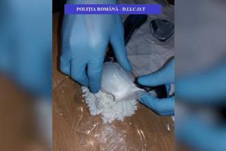 Bărbat acuzat că vindea droguri de mare risc în Braşov, reținut de DIICOT