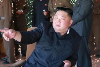 Momentul în care Kim Jong-Un adoarme pe scenă, în fața mulțimii. VIDEO