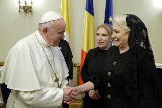Premierul Dăncilă a avut o audienţă privată la Papa Francisc. Ce au discutat. VIDEO