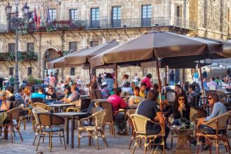 Când s-ar putea redeschide sezonul turistic în Spania. Anunțul oficial al Guvernului