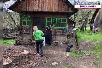 Mai mulți voluntari le-au dus alimente și produse de bază familiilor izolate și bătrânilor singuri din Munții Apuseni