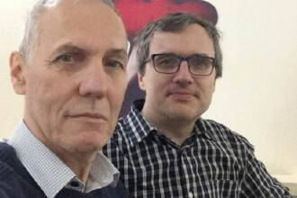 Răspunsul oferit de doi cercetători români unui bărbat care susține că virusul nu există