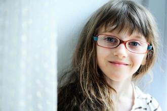 Primăria Capitalei va oferi 500 de lei pentru copiii care au nevoie de ochelari. Înscrierile încep de luni