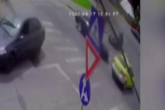 VIDEO. Greșeala făcută de un șofer de taxi care a dus la moartea a 4 persoane. Momentul accidentului
