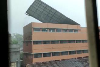 Un ciclon devastator a lovit granița dintre India și Bangladesh