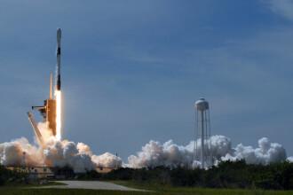 """Trump va asista la lansarea în spațiu a primului zbor cu echipaj uman al SpaceX. """"Destinul nostru, dincolo de Pământ"""""""