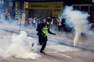 Proteste în Hong Kong din cauza legii securităţii naţionale. Poliţia a intervenit cu gaze lacrimogene. VIDEO