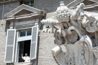 Papa Francisc a ținut prima sa predică pentru credincioșii adunați în Piața Sf. Petru după ridicarea restricțiilor