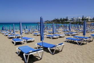 Accesul pe plaje se va face pe culoare semnalizate, iar clienții nu vor avea acces la bar