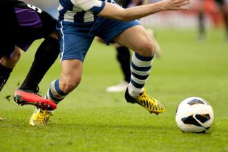 Un meci ilegal de fotbal, posibil focar de coronavirus în Franța. Sute de persoane chemate la testare