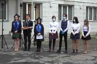 Festivitatea de absolvire a liceului pe timp de pandemie: fără banchet și poze de grup