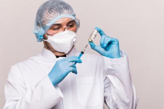 Sute de elevi și profesori, nevoiți să intre în carantină, după ce s-au infectat cu noul coronavirus