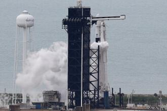 SpaceX a lansat cu succes o nouă tranşă de 60 de microsateliţi Starlink, după mai multe amânări