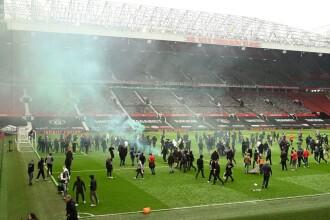 VIDEO. Partida Manchester United - Liverpool, amânată după ce terenul a fost invadat de suporteri