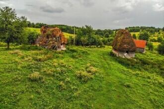 Satul-fantomă din Apuseni. Cum s-a pustiit o zonă spectaculoasă
