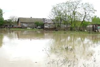 Cod galben de inundaţii în mai multe județe. Sunt anunțate fenomene hidrologice periculoase